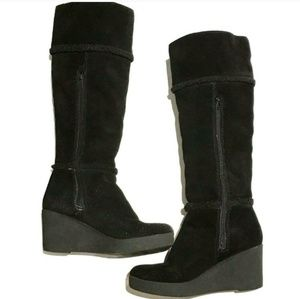 Great Juicy Couture knee-high suede wedge boots